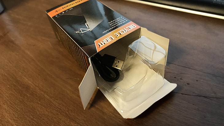 自転車ライトに使われていたパッケージ