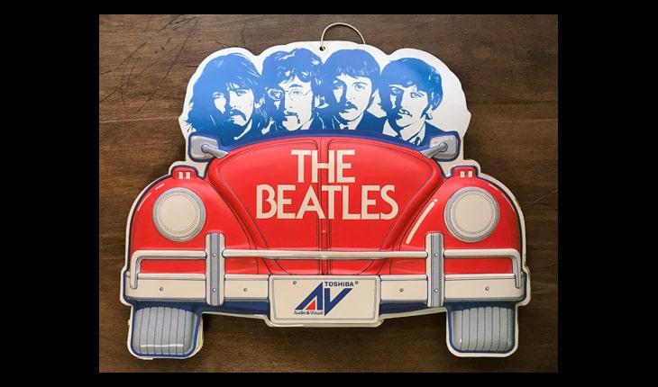 第六十二回。【そのた解体】こんな古い真空成形品のPOPをみっけ ビートルズがやってきたヤァ!ヤァ!ヤァ!