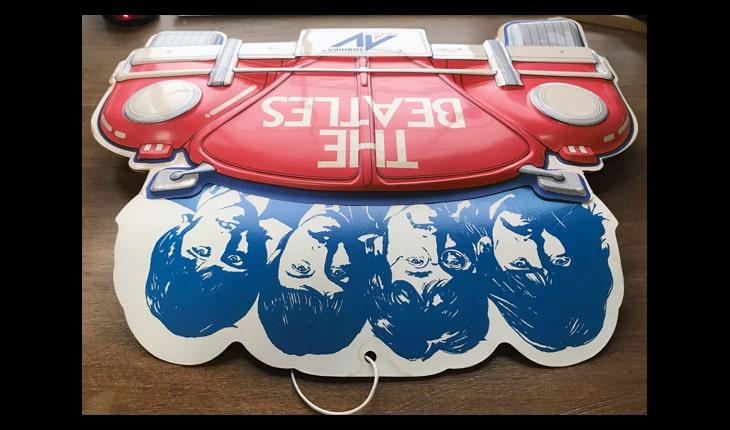 ビートルズの真空成形で作られたPOP